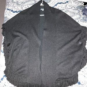 Sweaters - Buttoned pancho sweater